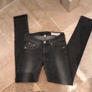 Perfect rag and bone skinny jeans sz 24